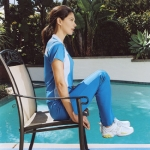Trabajar los abdominales con una silla