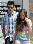 Taylor Lautner volvió con su novia de la adolescencia?