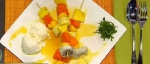 Recetas faciles de Pinchos de frutas con helado de vainilla