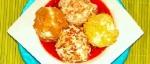 Recetas faciles de Bolitas de helado con crocantes y salsa de fresas