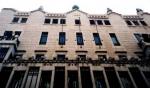 La obra más desconocida de Gaudí en Barcelona: el Palacio Güell