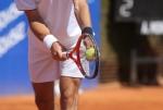 El Saque de Tenis: Cómo lanzarse la bola con coordinación de ambos brazos en el saque de tenis - Técnica del Tenis