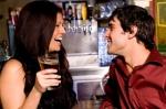7 maneras fáciles de conocer a más mujeres en el bar