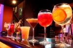 Algunos tragos que puedes preparar para las fiestas