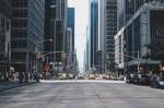 El sector del transporte sigue mejorando en el segmento de coches