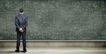 Rol de parámetros y fórmula de distancia en álgebra