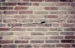 Cuáles son las causas de las grietas en las fachadas